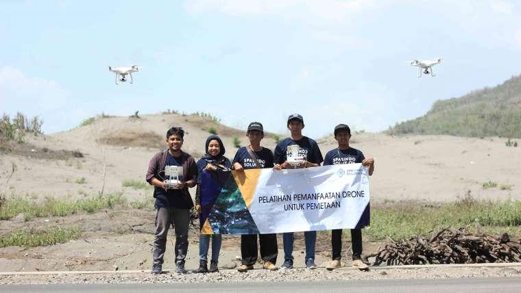 Pelatihan Pemanfaatan Drone Untuk Pemetaan Dibidang Pertanian, Fakultas Teknik Pertanian UGM